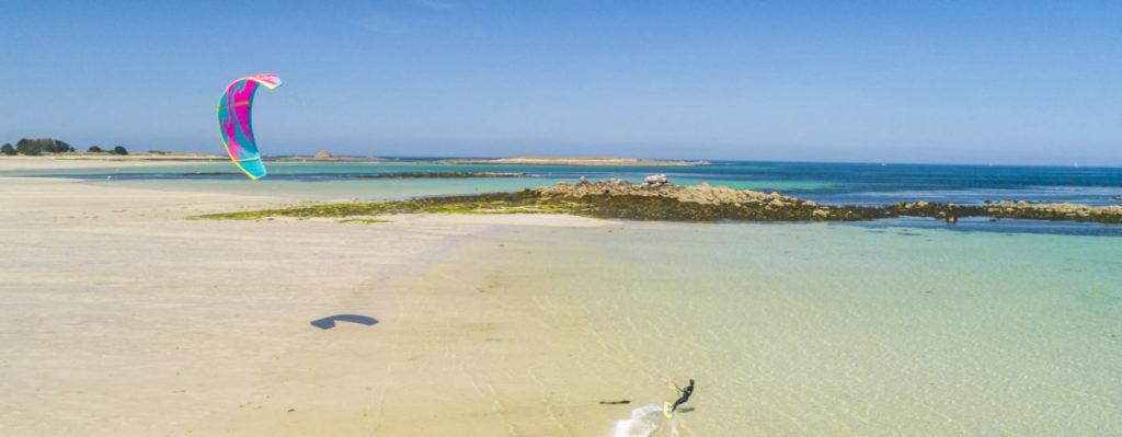 dunes de sainte marguerite pratiquer le kitesurf sur les meilleurs spots de france