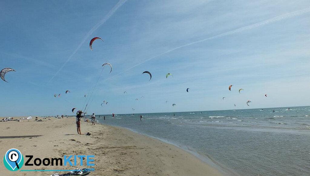 spot de kitesurf plage de l'espiguette a port camargue reglementation zoomkite