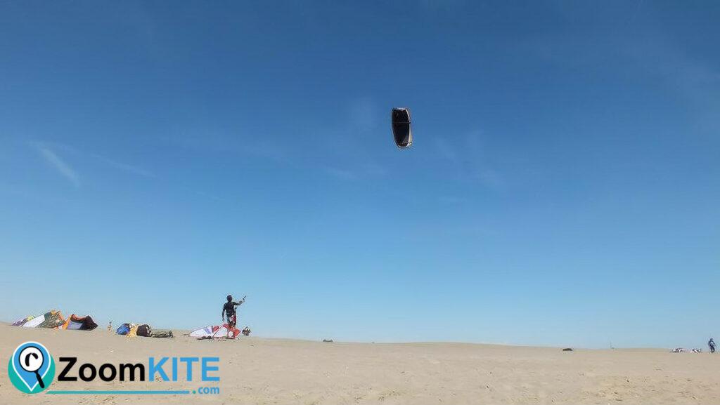 spot de kitesurf plage de l'espiguette a port camargue zoomkite