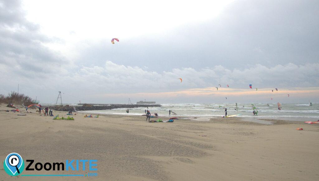 spot de kitesurf plage de richelieu au cap d'agde decollage zoomkite